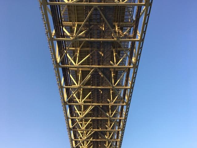 瀬戸内海の大橋
